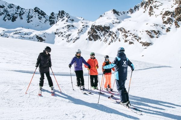 Adults ski school